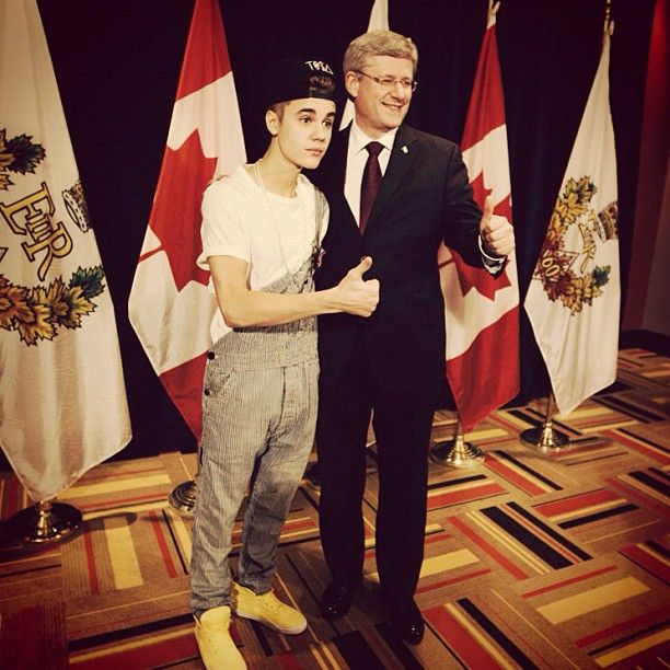 Justin Bieber met the prime minister in Overauhls (its a beliebrr thing) :)