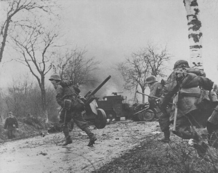 Die Wacht am Rhein. 1944