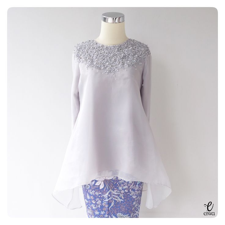 simple long sleeve lace top, kebaya modern indonesia brokat http://www.eiwaonline.com baju bodo bajubodo organdi organdy organza applique tulle cornelly beading