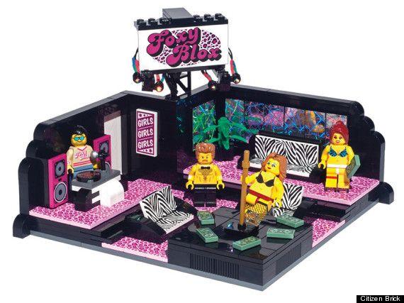 club de striptease Lego... HuHum...