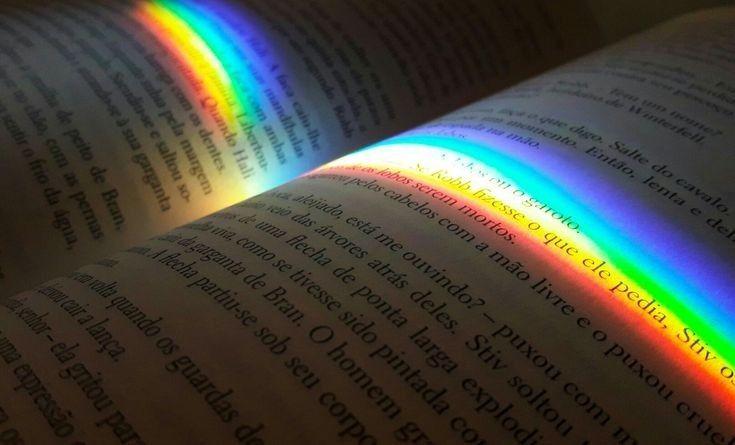 Pin by wine? 🍷 on r a i n b o w | Rainbow aesthetic ...