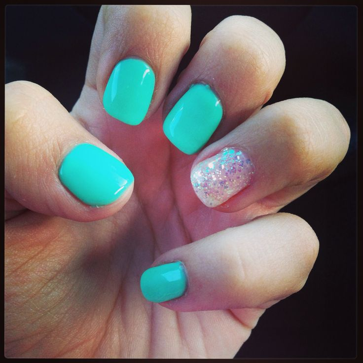 Shellac Nails #blue #glitter by Jennee | My Style | Pinterest