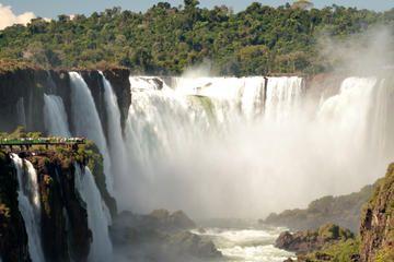 Garganta del Diablo (Devil's Throat), Iguazu Falls, Argentina