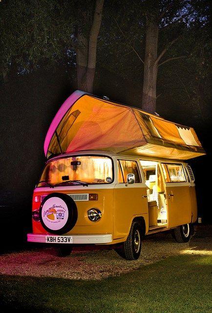Camping Bed - camping car aménagé pour une escapade entre amis ou en famille ! #ecocollab #consocollab #campingcar