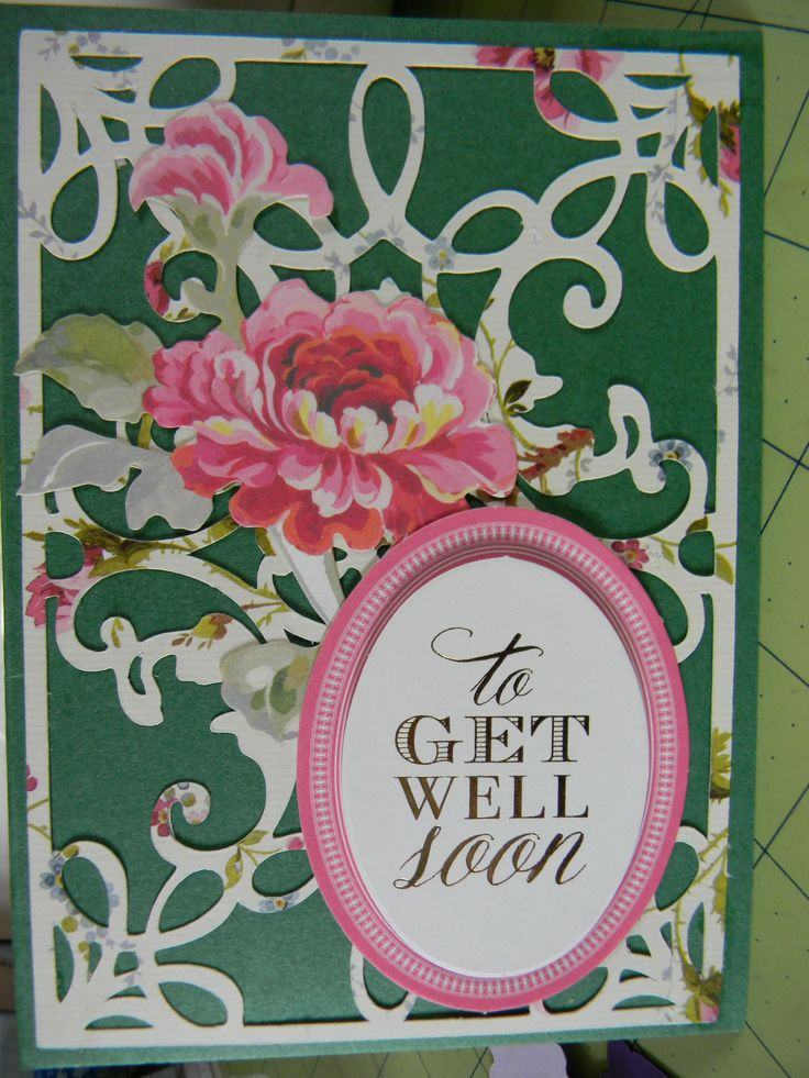Working with the new Anna Griffin Flourish and Card Embellishment cartridge from Cricut.