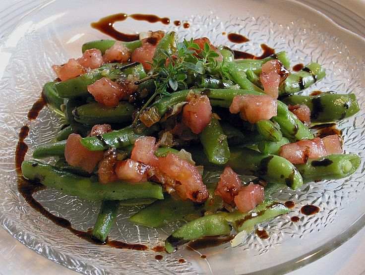 Grüne Bohnen mit Tomaten und Balsamico, ein gutes Rezept aus der Kategorie Gemüse. Bewertungen: 40. Durchschnitt: Ø 4,4.