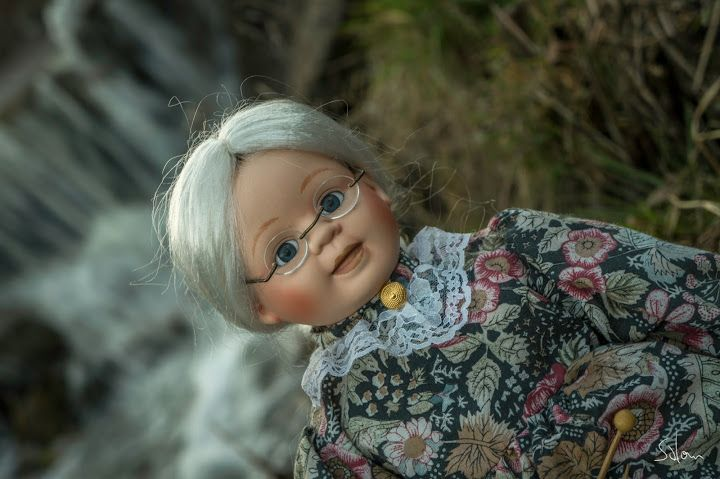 porcelánová babička panenka https://www.facebook.com/groups/943432885750924/