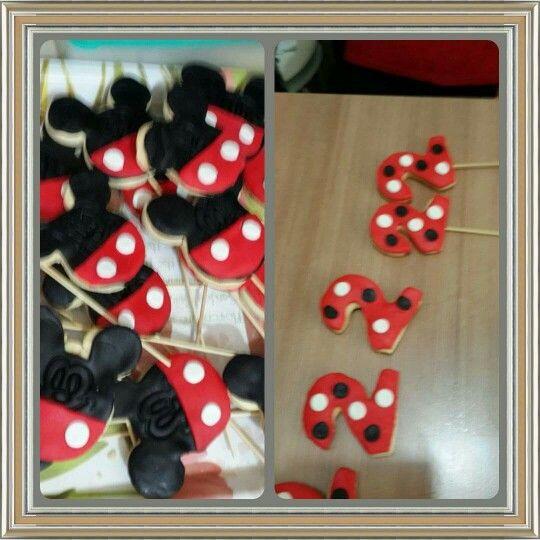 2 yaş ve Mickey mouse kurabiyeleri