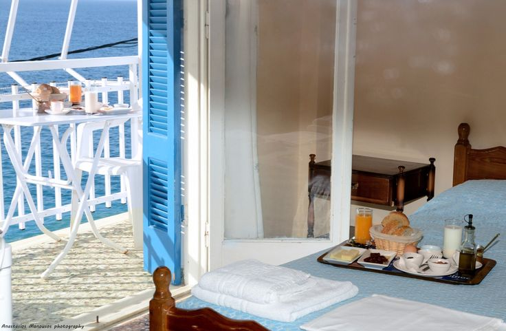 Rooms with an amazing seaview in our accommodation in Tyros Peloponnese Greece. Enjoy your tsakonian breakfast in a very comfortable environment.