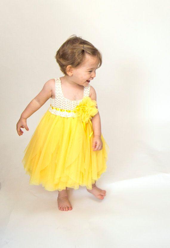 Amarillo y marfil bebé vestido de tul con cintura imperio y