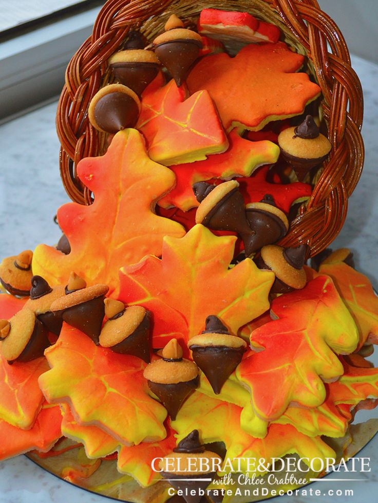 How to Make Realistic Autumn Leaf Cookies