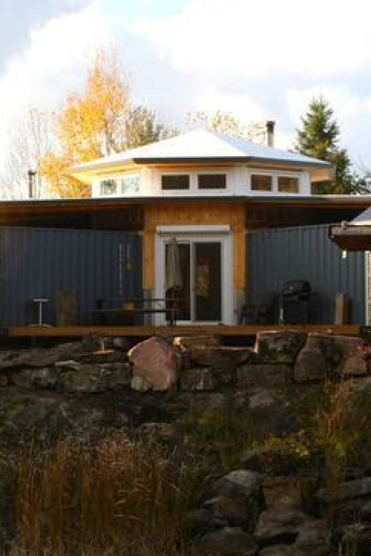 This Man Built a Solar-powered Shipping Container Cabin