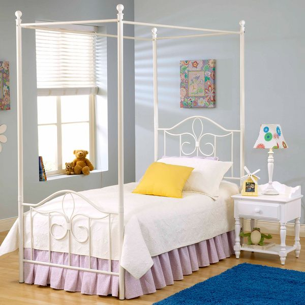 Westfield Canopy Bed Set