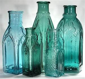 antique bottles, imagine with flowers