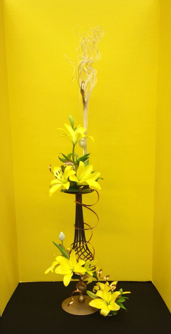 61 Best Images About Tall Flower Arrangments On Pinterest