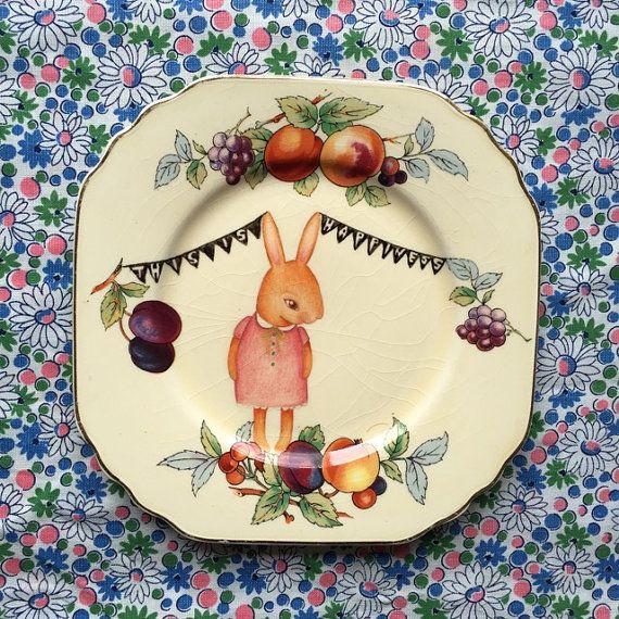 Little Beatrix Bunny with Fruit Vintage par thestorybookrabbit
