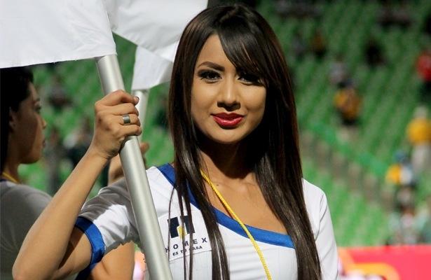 Las bellezas del Santos-América http://yodeportivo.com/2013/02/las-bellezas-del-santos-vs-america/
