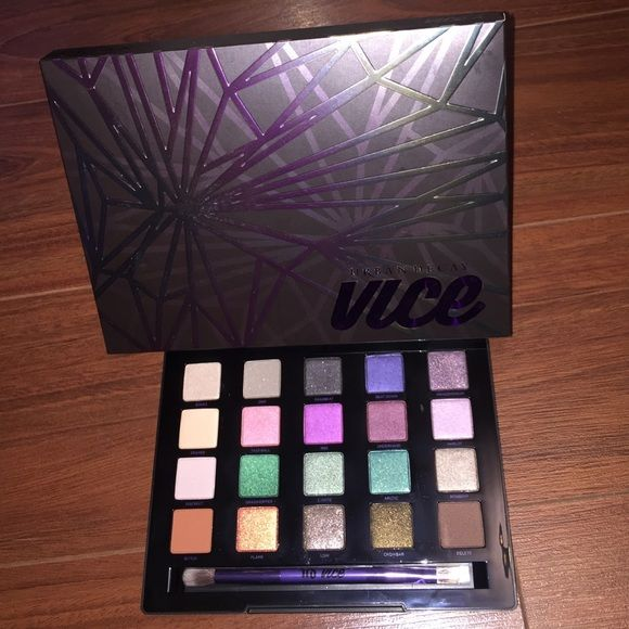 Urban Decay Vice Palette Brand New in Box!  Authentic Urban Decay Vice Palette. My price listed is the LOWEST. Thanks! Urban Decay Makeup Eyeshadow