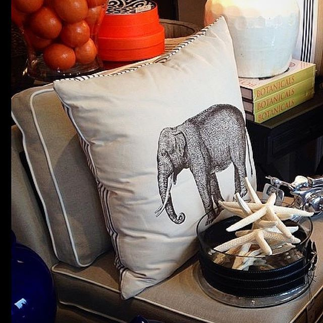 JUMBO - Mix & Match the Stuart Membery Pillow Collection for a personal range of expression. #shoponline #shipworldwide 📦📦📦 #colonialliving 🐘🐘🐘 #SMHC #stuartmemberyhome