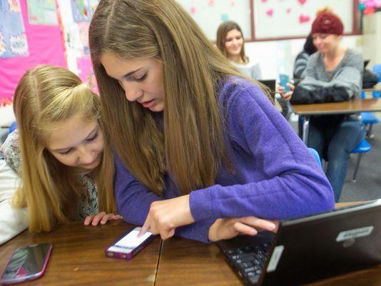 Digitally Speaking / Cell Phones as Teaching Tools