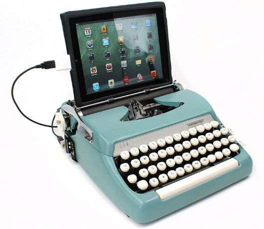 maquina-de-escrever-com-iPad2-versao-final                                                                                                                                                     Mais