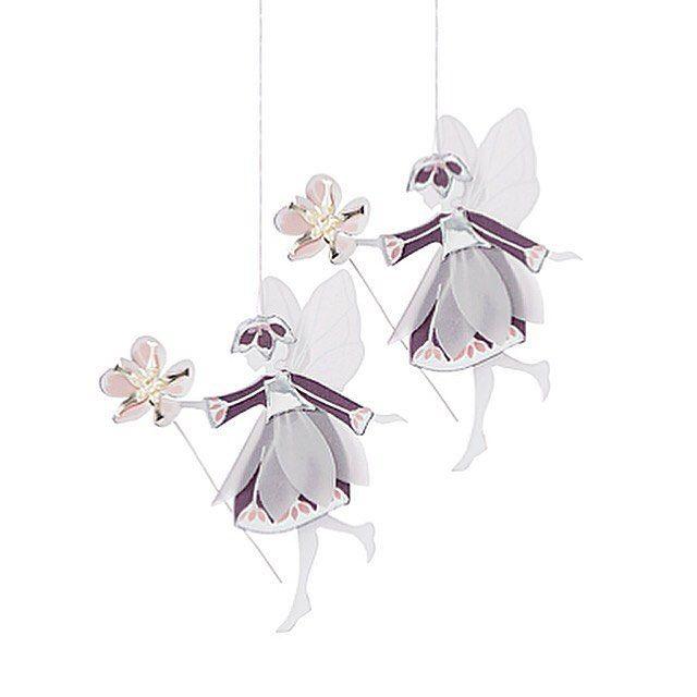 We love Fridays. Enjoy your weekend! #fairieswithflowers #fairies #jettefrölich #jettefroelich #jettefrölichdesign #jettefroelichdesign #danishdesign #scandinaviandesign #interiordesign #homedecor