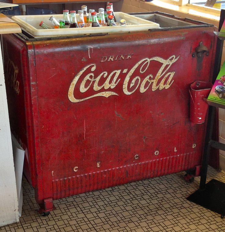 fashioned coca cola machine
