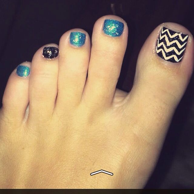 Carolina Panther toe nails !