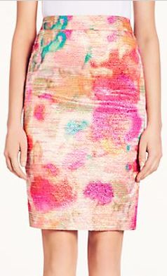 lovely #floral pencil skirt  http://rstyle.me/n/f63nupdpe