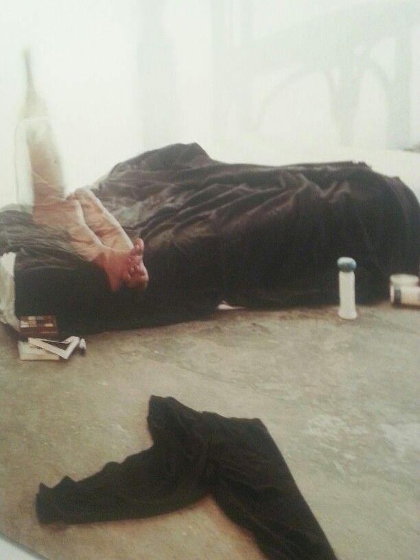 """""""Mujer botella"""". Eulalia Valldosera en """"El Arte del presente """". La Colección de Helga de Alvear - CentroCentro Cibeles. Madrid.  #ArteContemporáneo #ContemporaryArt #Art #Arte #Arterecord 2013"""