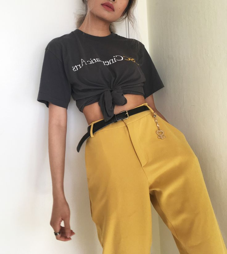 @pameluft in our Soft Trouser Pants. Yellow is in. #bloggerfave #bloggerstyle #trousers