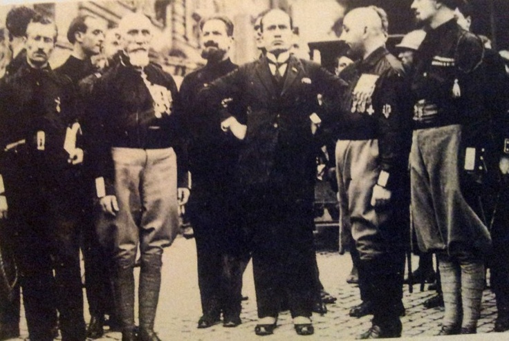 ... mussolini black shirts rome 1920s italy forward 1920s mussolini and
