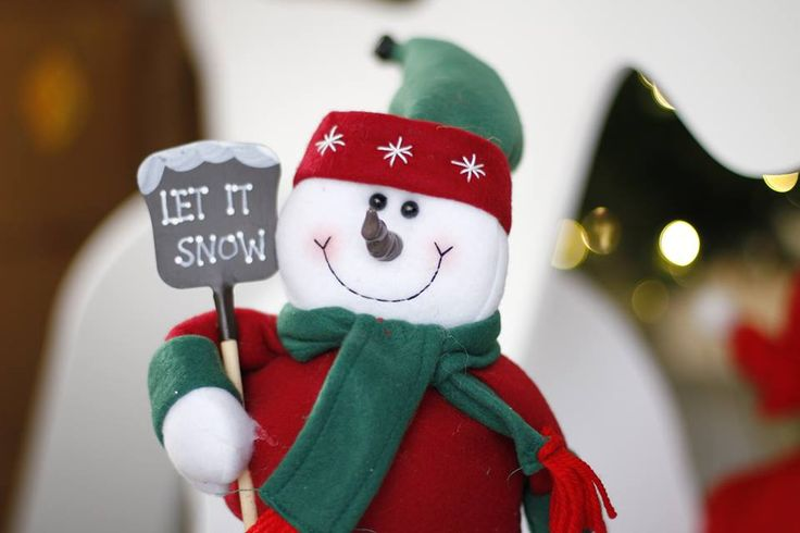 Let it snow! Our little snowman christmas office decoration greeting all of our lovely employees and visitors this December!