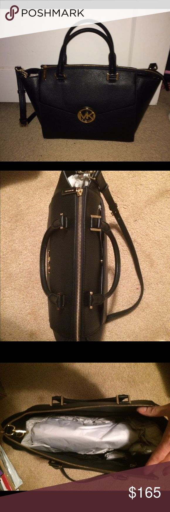 NWT Michael Kors Black Purse Brand new Michael Kors Hudson purse. KORS Michael Kors Bags Shoulder Bags