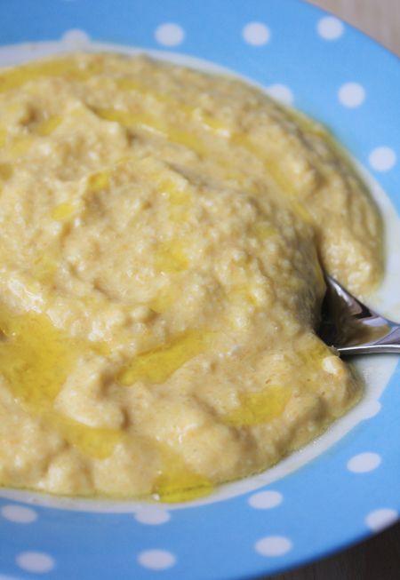 Arroz con pollo para bebés y niños , El arroz con pollo es una receta para bebés y niños básica para incluir dentro del menú semanal. Receta de arroz con pollo en dos versiones paso a paso.