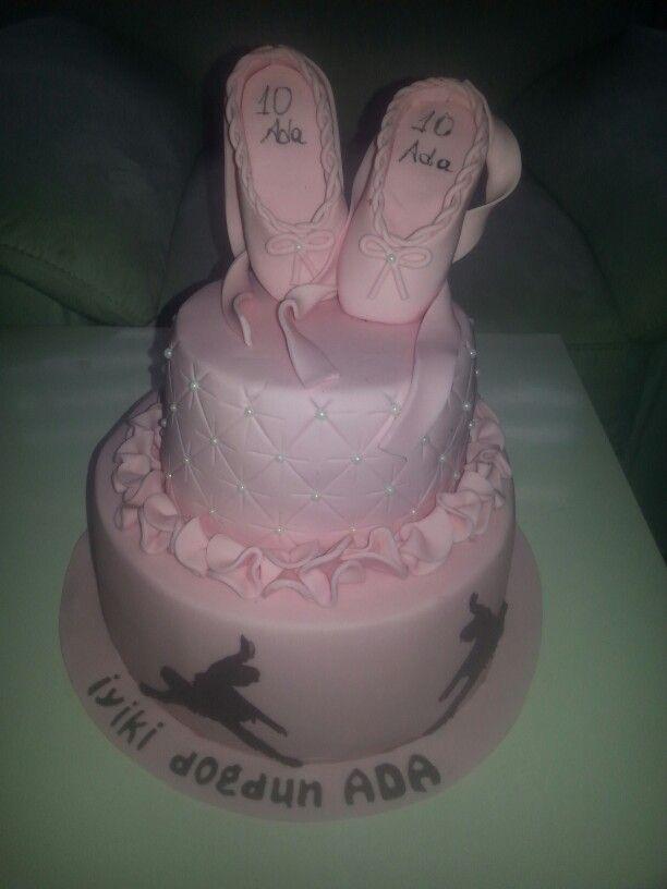 Balerin temalı doğum günü pastası