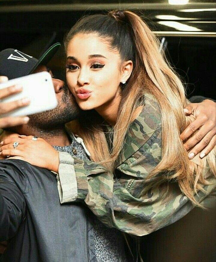 Ariana Grande Fixes Japanese Tattoo After Fans Spot