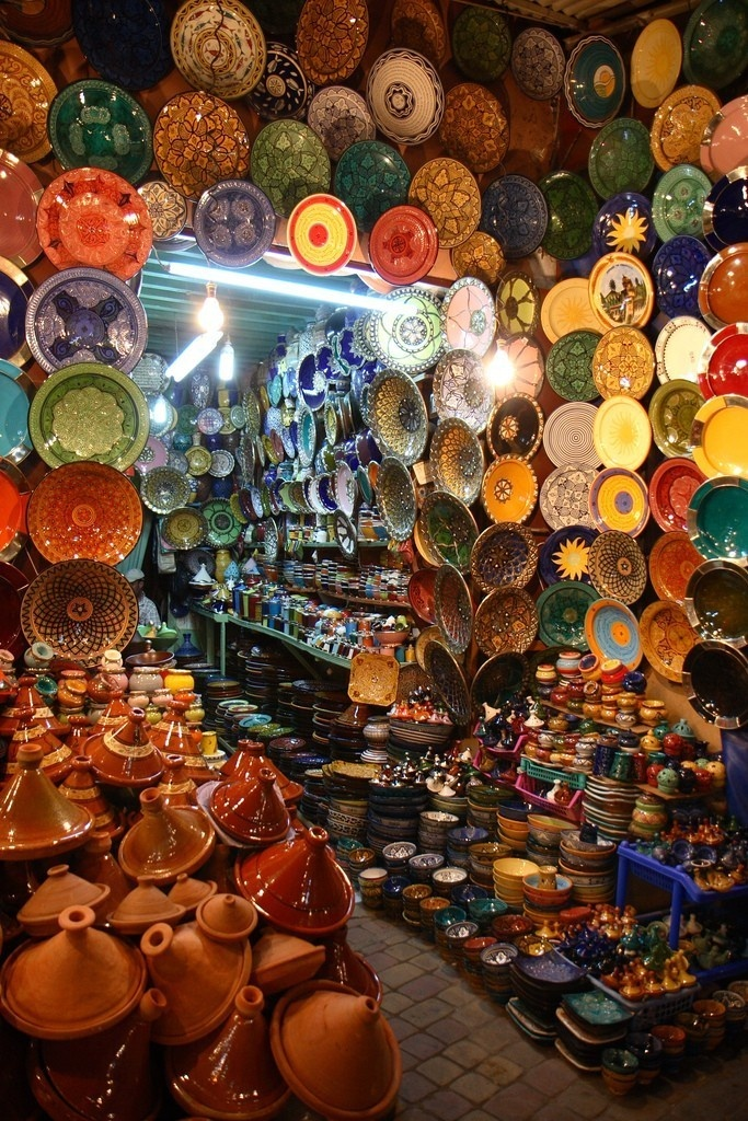 A World of Choices. $30.00, via Etsy.  Maroccan pottery store in a traditional souk.30 Art, Choice, Culture Kitchens, Beautiful Pottery, Art Prints, Decor Pottery, D Art, Art Ideas, Art Wall