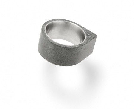 Corner - Concrete Ring - hardtofind.