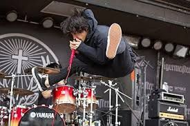 OOR seems like they would be so much fun to watch live, especially Taka