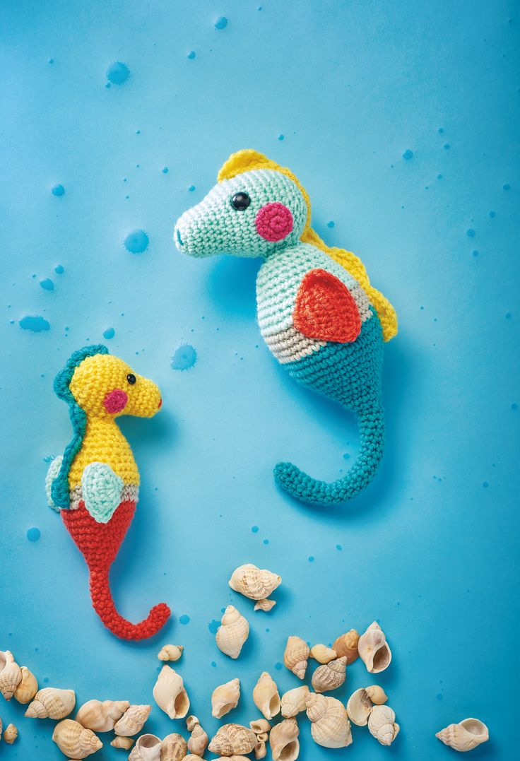 684 best crochet images on pinterest applique crochet cupcake seahorse duo free amigurumi patternscrochet bankloansurffo Image collections