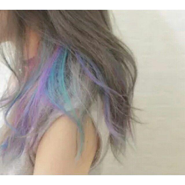 . 8月になりましたね イベントも増えてくる季節! 最近はカラーバターを入れるお客様が増えてきました! 思いっきり目立つカラーにしてみませんか? #hugbymerry#kussmerry#ブリーチ#ダブルカラー#カラーバター#派手髪