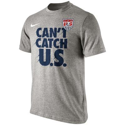 This Nike Verbiage T-Shirt promises that your passion for soccer won't be missed. Show your support of USA soccer this World Cup.