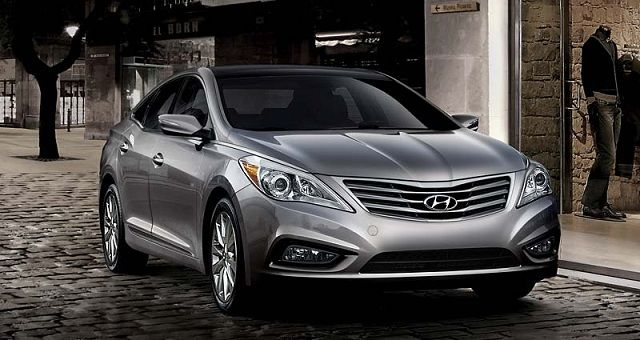 To step forward from Sonata and being left by Genesis, 2017 #Hyundai #Azera will come out with the best design for the global market.
