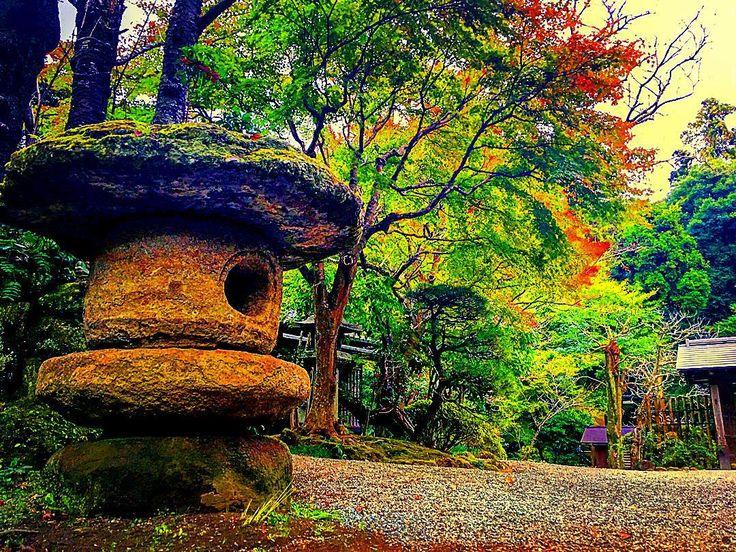 Rinzai Jōchi-ji. Stone lantern. Kamakura Japan 臨済宗 浄智寺  石灯籠  鎌倉市 #magicpict #igs_photos #ig_today #total_shot #team_jp_ #photo_storee #ig_dynamic  #tokyocameraclub #icu_japan #igpowerclub #be_one_hdr #espacio_world #pics_queen_hdr #instafameshots #world_great #igglobalclubhdr #igglobalclub #be_one_colisplash #igshotz  #be_one_natura #world_bestnature #nature_altinkare #Japanesegarden #Japanese #鎌倉 #kamakura #浄智寺 #temple #寺