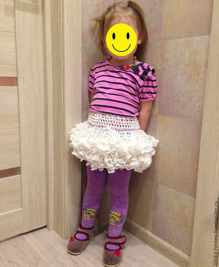 Моя дочка обожает пышные юбки, а в сумке с пряжей