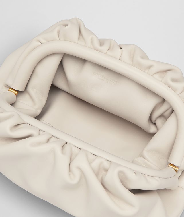 def644afd1 The pouch 20 in butter calf in 2019 | hannah's list | Bottega veneta ...