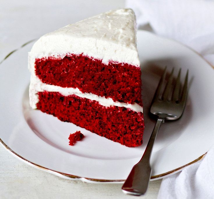 Cake Gift As Per The Upcoming Occasion - Know best Cake shops / Bakers and Send Cakes Online and get cake delivery in Bangalore and 350 + cities.