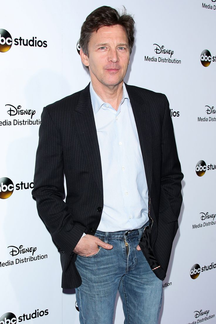 Former Brat Pack-er Andrew McCarthy is getting back to his adolescence. Algonquin Young Readers announced Monday that the actor will release his debut novel, Just Fly Away, in Spring 2017.  The book will follow 15-year-old Lucy Willows, who discovers that her father has an eight-year-old son, Thomas, from an affair. They live in the same New Jersey suburb, and according to the book description, she begins to question everything in her life.