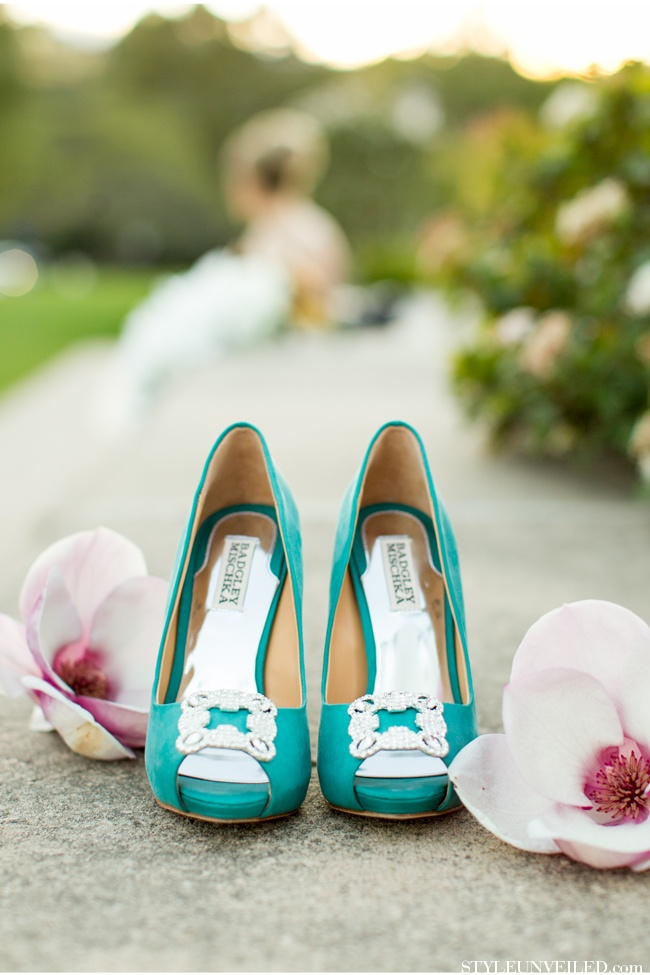 Style Unveiled - Style Unveiled | A Wedding Blog - Emerald and Gold Wedding Inspiration at Kohl Mansion PartI